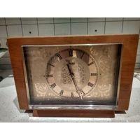 Часы весна каминные в деревянном корпусе цена в СССР 110 руб.