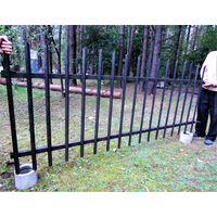 Забор,ворота, калитка из металлического уголка.Материал Советский,массивный!Секзионный.15 пролётов.Общая длина пролётов 37,5м.Ворота и калитка 3,75м.