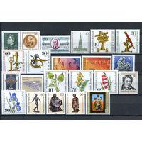 Берлин - 1981г. - Полный годовой набор - MNH, 4 марки с отпечатками, 6 с пузырьками на клее - 22 марки