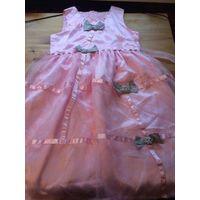 Нарядное платье на девочку лет 10-12, нежное, многослойное, воздушное, красивого розового цвета. Замеры длина 84 см, ПОталии до 38 см, талия регулируется поясом. Пояс в одном месте нужно подшить