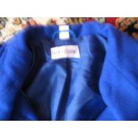 Пальто женское размер 52 редкий цвет