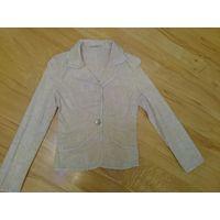 Пиджак женский светлый размер 40-42 см