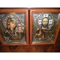 Иконы Спасителя и Богородицы Казанской Божьей Матери.Очень красивые.