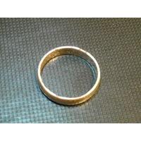 Кольцо золотое(низкопробное)