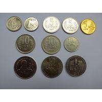 Узбекистан.Набор из 11 монет 1997 - 2002 года. ( 1 сум  +1 сом + 5 сум + 5 сум +5 сом + 10 сум + 10 сум + 10 сом + 25 сом +50 сом+ 50 сом ).ОРИГИНАЛ.