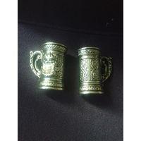 Пара сувенирных пивных бокала с рубля