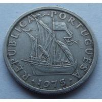 Португалия. 2,5 эскудо 1975