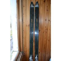 Лыжи антикварные