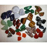 Минерал камень Яшма пестрая (цена за один)