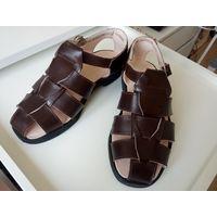 Раритет из 80-х: новая обувь (сандалии)