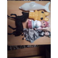 Различные игрушки пластмасс резиновые керамика