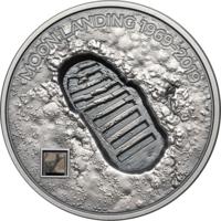 "RARE Острова Кука 5 долларов 2019г. ""Высадка на Луну 1969 - След. Лунный метеорит NWA 11421."" Монета в капсуле; подарочном футляре; номерной сертификат; коробка. СЕРЕБРО 31,135гр.(1 oz)."