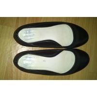 Туфли женские балетки черные