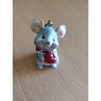 Фигурка-брелок мышка