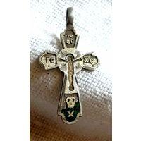 Старенький серебеный крестик с эмалими, в середине позолота! В коллекцию!