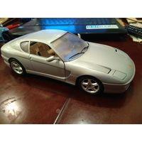 BURAGO FERRARI 450 GT 1/18