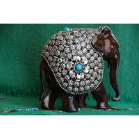 Статуэтка Слон индийский   ( высота 14 см , длинна 15 см )