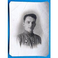 Фото мужчины с орденом Красной Звезды. 8х11.5 см