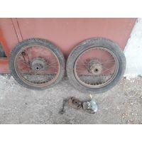 Колеса к мотоциклу Zundapp с оригинальной резиной и опорниками .