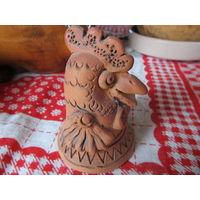 Глиняная фигурка Петушок колокольчик