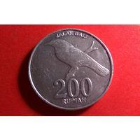 200 рупий 2003. Индонезия. Отличная!