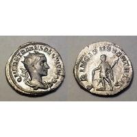 Римская Империя, Геренний Этруск, 250-й год н.э., антониниан. Не самый частый правитель и очень классный стиль и сохран для него. AU