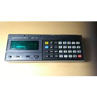 Калькулятор Электроника МК52