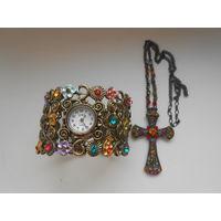 Браслет с часами и крестик с цепочкой