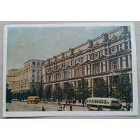 Игнатович Е. Минск. Советская улица. 1953 г. Подписана..