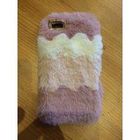 Чехол на Iphone 5S, красивый и меховой чехол. Пользовалась немного. Есть такой же другого цвета.