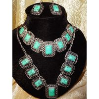 Гарнитур: Серьги + колье + браслет. Камень: натуральная облагороженная Зеленая Бирюза.