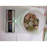 1 кг монет разных стран мира 1 .   С 1 рубля .