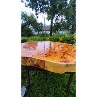 Красивый стол, тополь, дуб. Ширина 110см, толщина 10, высота 63. в единственном экземпляре.