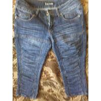 Стильные джинсовые капри со стяжечками
