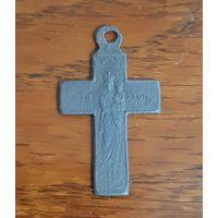 Нательный католический крестик