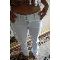 Белое чудо белый джинс р 44-46