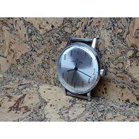 Часы Луч,механизм позолота,очень тонкие,состояние.Старт с рубля.