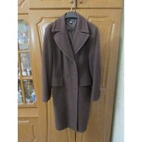 Пальто женское 46 р