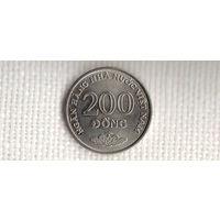 Вьетнам 200 донг 2003/(dic)