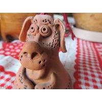 Глиняная фигурка собачка