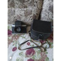 Все лоты с 1р без мнц. Фотоаппарат Киев 60 объектив Вега 12 б в родном кофре.
