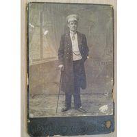 Фото мужчины. Фотография В.Штейнберга. Двинск. 1913 г.10,5х14 см.