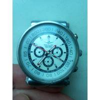 Часы Bretling Navitimer  (Swiss made)