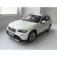 BMW X1 1-18 Kyosho