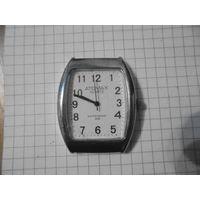 Часы кварц (не идут)