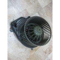 103825Щ VW Passat B5 вентилятор отопителя 8d1620021