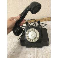 Телефон в карболитовом корпусе. СССР, 1955г.