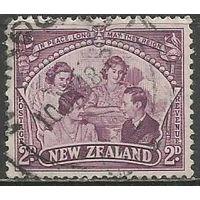 Новая Зеландия. Король Георг VI и его семья. 1946г. Mi#285.
