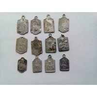 Лот медальонов