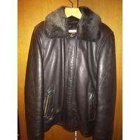 Зимняя кожаная куртка с меховым воротником и меховой подкладкой